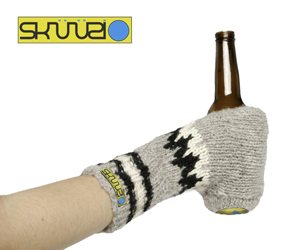 The Beer Glove - a Glove for Dudes