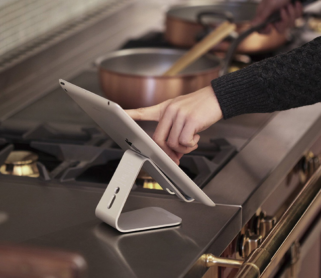 Elago P2 Stand for Tablets and iPads