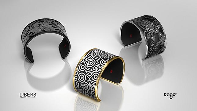 Display Changing Bracelet